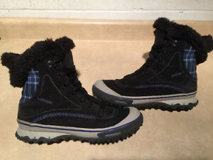 Women's Merrell Waterproof Winter Boots Size 10