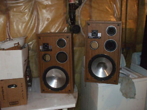 FOR SALE SET OF DYNAMIC AUDIO PROPOLY SERIES SPEAKERS