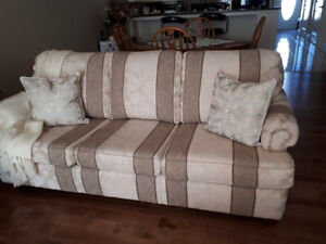 Sofa and matching chair in perfect condition!