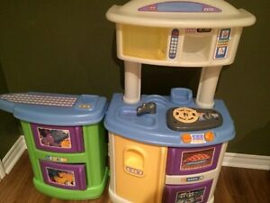Kids Kitchen/Washer/Dryer/ Plats/ Toy foods/ Etc