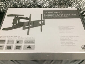 "Brand new TV wall mount 37""-70"""