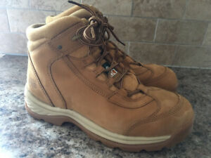 Men's Timberland work boots size 11