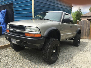 2003 Chevrolet S-10 ZR2 V8 SWAP 6.0L 350 5SPD MANUAL 4X4