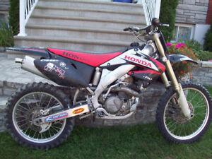 HONDA CRF450R     $2400.00