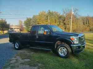 Ford f250. 2011.