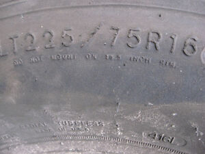 GOOD YEAR TIRE  225 / 75/ R16  , RADIAL TIRE , GOOD FOR SPARE Cambridge Kitchener Area image 3