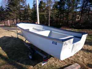 16' Fibreglass Speedboat (Brand New)