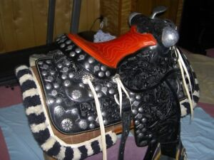 Black Western Parade Saddle