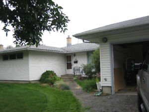 House for Rent - Near University and Polytechnic - 53 Darke Cres