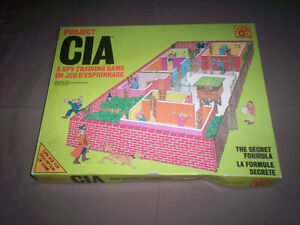 """PROJECT CIA: A SPY TRAINING GAME"" from 1973 COMPLETE & RARE"