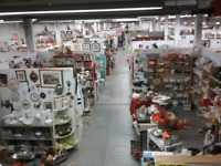 Canada's largest garage sale 1000 booths full Brantford Ontario Preview