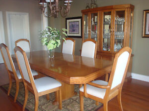10 pc Dining Rm Set -EXCELLENT condition - $900