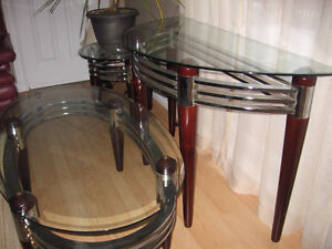 Beautiful end table set paid $675