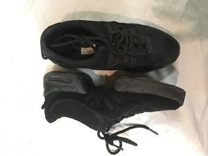 Dance shoes / Chaussures de danse