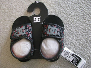 DC Toddler Kimo sandals sz 9 New