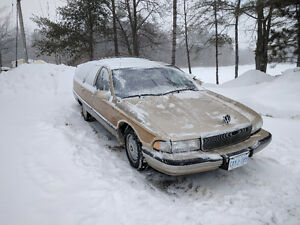 1995 Buick Roadmaster Wagon - Spare Parts Included