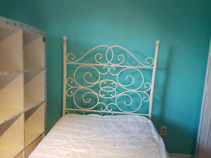 Rod Iron Childrens Canopy Bed and Matress