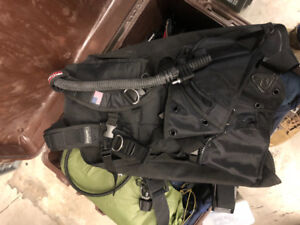 Brand new scuba gear, used once. Mint condition
