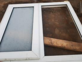 Double glazed window unit