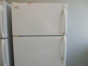 Réfrigérateurs blancs à partir de 200.00$