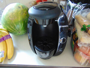 Tassimo coffee maker in great shape for office home for that fa