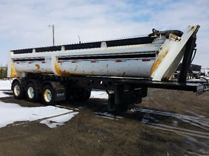 2008 Midland MX3000 Tridem End Dump Gravel Trailer