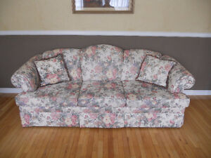 MINT CONDITION SOFA