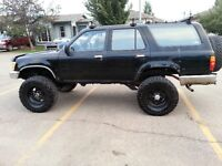 1991 Toyota 4Runner Lifted & Locked
