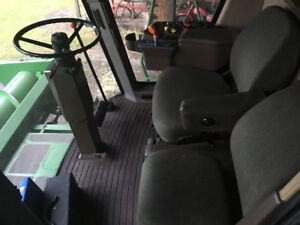 For Sale JD 9500 Combine