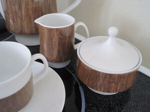 tea/ coffee set - made in Germany Kitchener / Waterloo Kitchener Area image 8