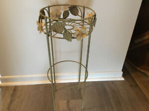 Brand New Metal Plant Stand