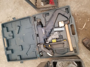 Mastercraft hardwood nailer and half box of nails in estevan $15