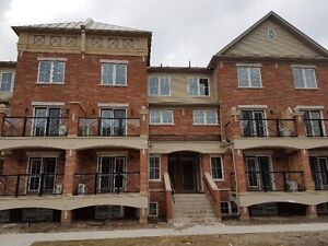 2 Bedrooms brand new townhome - Oakville - Rent