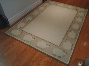 Pottery Barn Kids beige sheep wool rug 5 x 7 ft