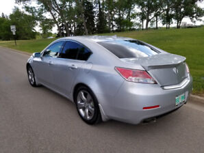 Acura TL  SH-AWD 2013  Fully Loaded, Excellent Condition