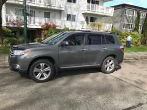 2011 Toyota Highlander Limited - no accidents- 2 sets of tires