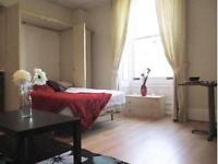 1 bedroom flat in 9 Ridgeway House