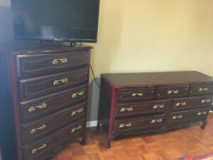 Solid Cherry Wood 5 Piece Queen Bedroom Set