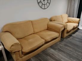 Free... 2 and 3 seater sofas in beige, clean and comfy