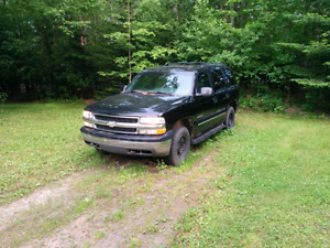 2001 Chevrolet Tahoe (For Parts)