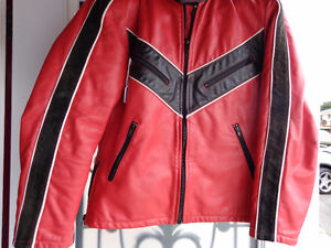 Leather jacket in med.   recycledgear.ca Kawartha Lakes Peterborough Area image 1