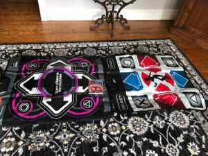 PS3 Dance Dance Revolution - Game plus two dance mats