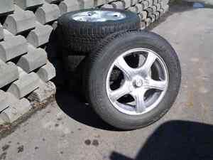 Mags et pneus à vendre à Chicoutimi