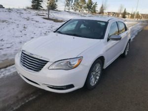 2013 Chrysler 200 Limited Loaded/Leather