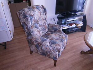 Bergere buy and sell furniture in ontario kijiji for Chaise bercante kijiji
