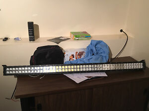 "52"" curved light bar brand new"