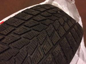 pneus d'hiver à vendre - 50$