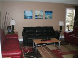 Room for rent in larger upscale home (Parry Sound)
