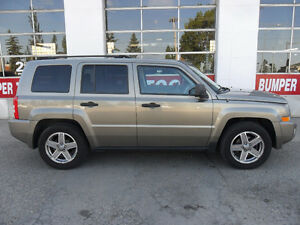2007 Jeep Patriot Sport *Low km's*4x4*Alloy wheels*Trac.control*