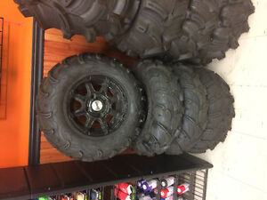 "25"" MAXXIS MUD ZILLA TIRES & RIM NEW"